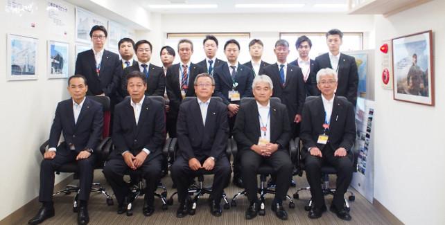 東京情報センター写真